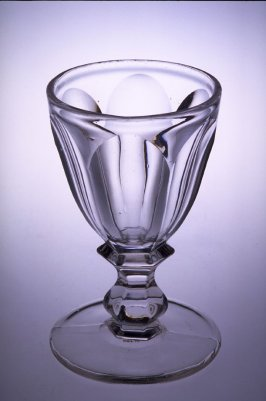 Wine glass - fluted