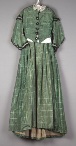Woman's afternoon dress: bodice and skirt