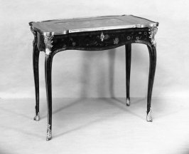 Writing table (table a ecrire)
