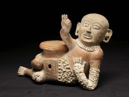 Vessel in the form of a ballplayer