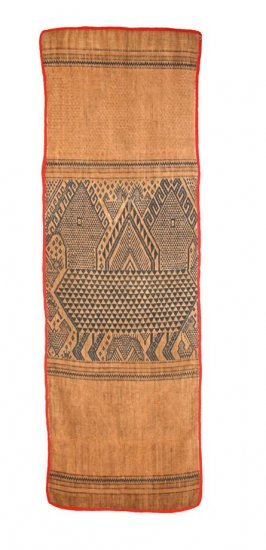 Buddhist sitting cloth (paa pua)