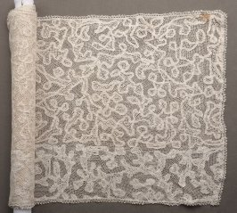 Table runner or shawl