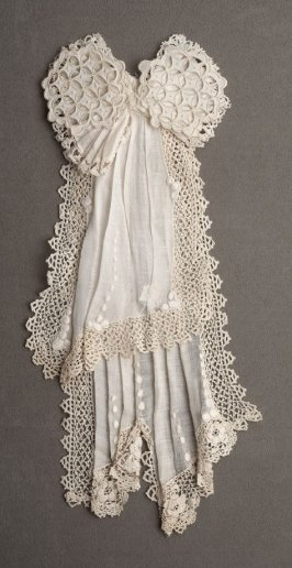 Two-piece jabot and bow