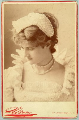 Mary Anderson, famous California actress