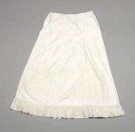 Petticoat: white, with lace embroidery