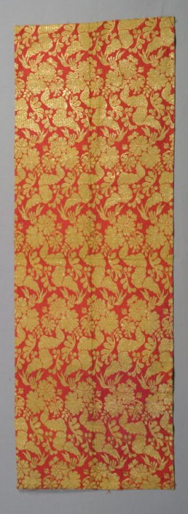 Brocade panel gold on red - flower design