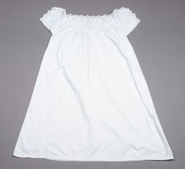 White cotton nightgown : with eyelets (1979.4.3)