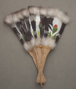 Fan, feather flowers