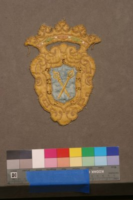 Embroidered ornament (matches 25588.10)