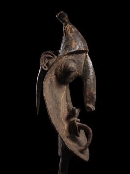 Ceremonial carving, Yina