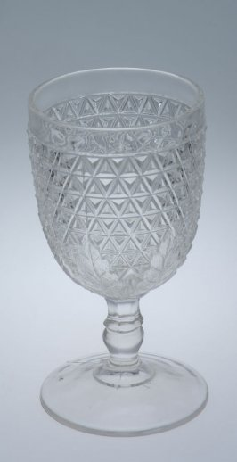Diamond leaf goblet