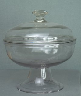 Compote with lid