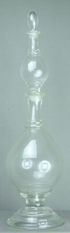 Three-tiered apothecary show bottle