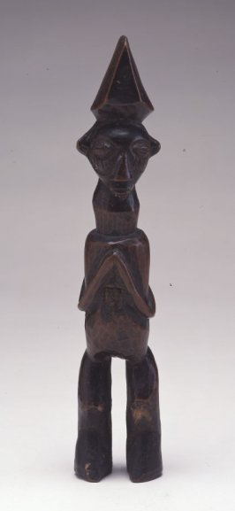 Standing Male Figure (Mbwoolo)