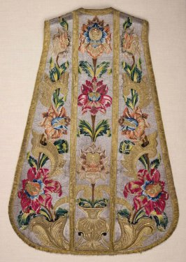 Chasuble, flowers with gold trim and borders