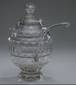 Lidded punchbowl with ladle.