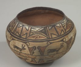 Olla (Design of Deer)