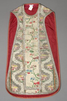 Chasuble: multi-colored floral design