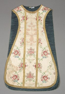 Chasuble gold bands with pink and blue flowers