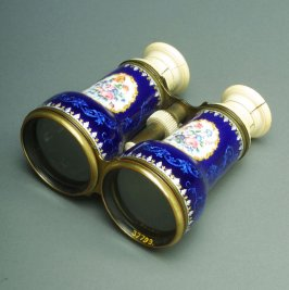 Opera glasses: blue with floral cameos on white and gold