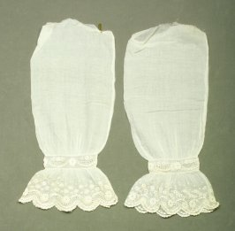 Pair of sleeves (part of chemisette 49696a-c)