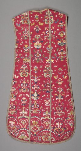 Chasuble (with matching stole .264 and maniple .265)