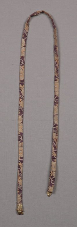 Belt :with dog-shaped clasp