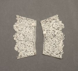 Lace cuffs (with collar 53440a)