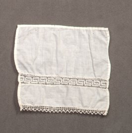 Linen square trimmed with lace