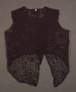 Lace vest or overbodice