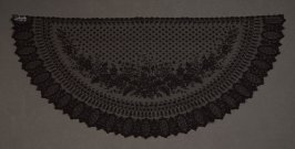 Lace bonnet veil
