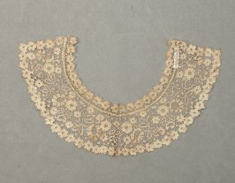 Collar (with b-c: pair of cuffs)