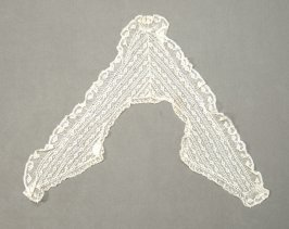 Collar valencienne lace