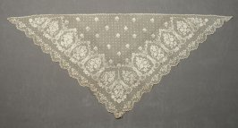 Lace scarf or fichu