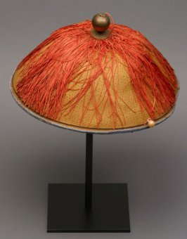 Mandarin hat: natural color with finial and orange tassel