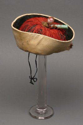Tartar General's costume: hat black with yellow rim and red tassels