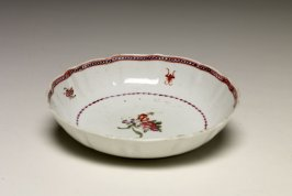 Plate (with tea bowl: 1992.76.3a)