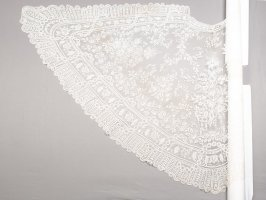 Wedding cape or shawl