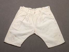 Infant's pants (with sacque 54.6.3)