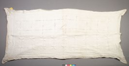 Bed spread crocheted white wool in four leaf pattern