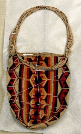 Knotted Bag with Handle