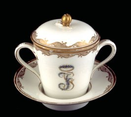 Cup and saucer with cover (Old Lille)