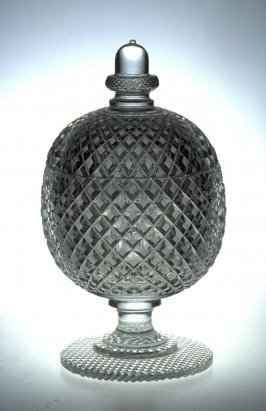 Sweetmeat jar with lid