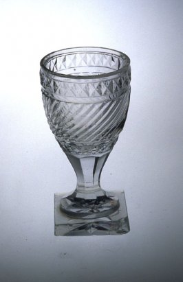 Wine glass with diamond border and swirls