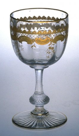 Wine goblet with globular bowl