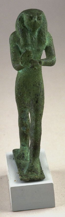 Statuette representing Horus, sun god, with the head of a falcon