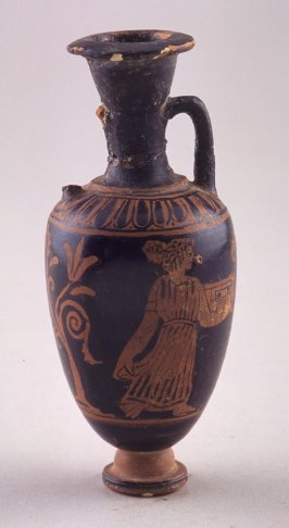 Red-figure miniature amphora