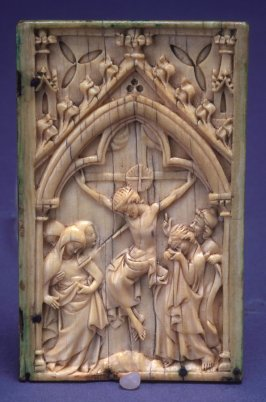 Leaf from a Diptych with Scene of the Crucifixion
