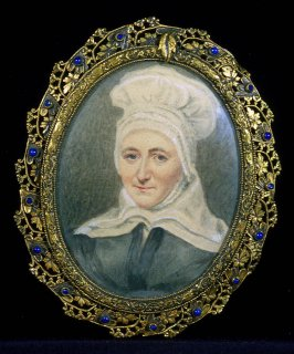 Portrait of a woman with grey-blue dress and large white bonnet