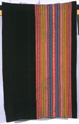 woman's overdress (urku, aksu )